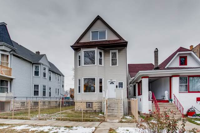 Chicago, IL 60644 :: Jacqui Miller Homes