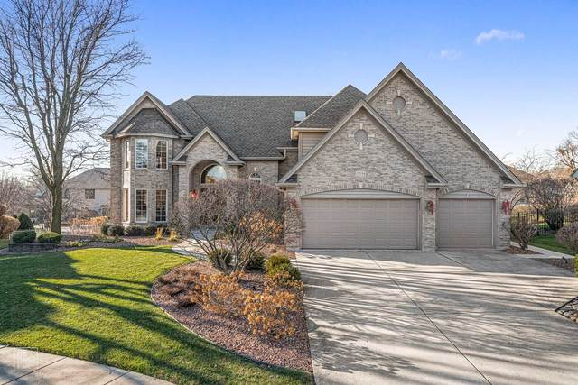 15538 Royal Glen Court, Orland Park, IL 60467 (MLS #10963215) :: Jacqui Miller Homes