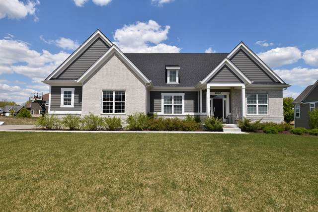 1030 Hilldale Drive, St. Charles, IL 60175 (MLS #11017968) :: O'Neil Property Group