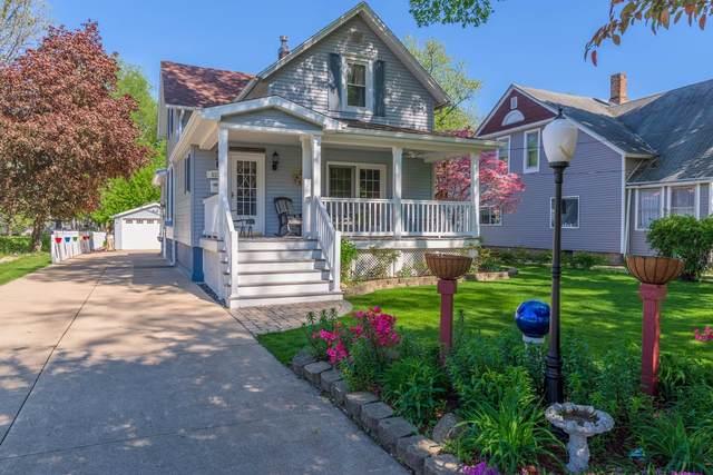 511 S 3rd Street, Fairbury, IL 61739 (MLS #11076802) :: Ani Real Estate