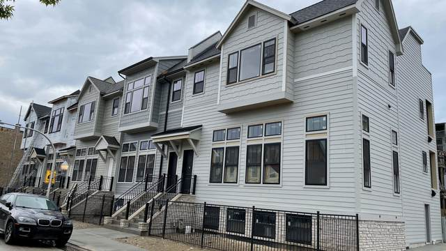 3647 S Calumet Avenue, Chicago, IL 60653 (MLS #11079682) :: Helen Oliveri Real Estate