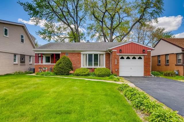 5212 Wolf Road, Western Springs, IL 60558 (MLS #11080903) :: Helen Oliveri Real Estate