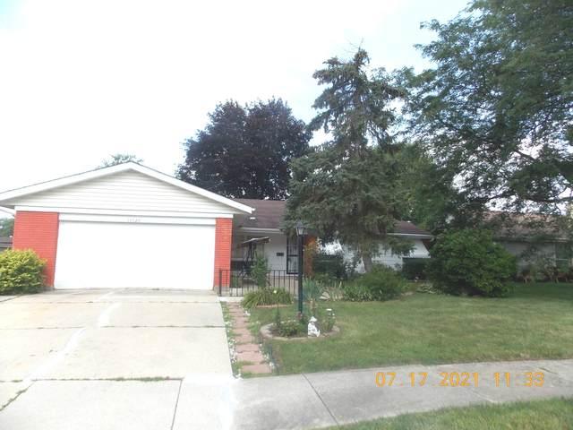 15520 Natalie Drive, Oak Forest, IL 60452 (MLS #11153797) :: Schoon Family Group