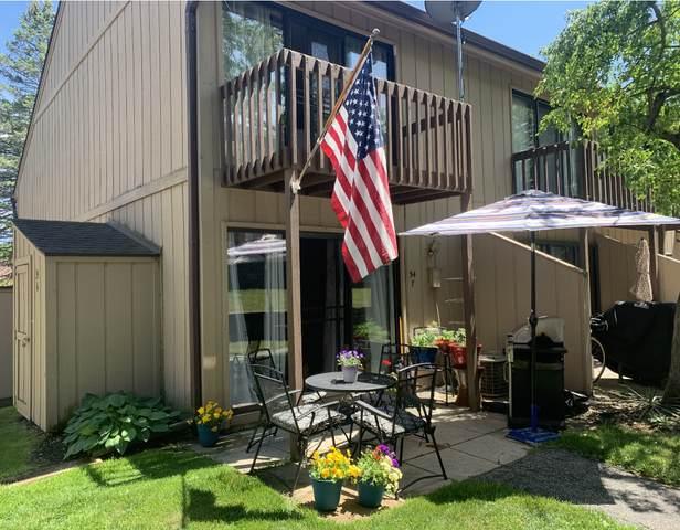 34 Montego Colony #7, Fox Lake, IL 60020 (MLS #11251790) :: John Lyons Real Estate
