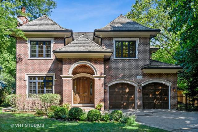 900 Seneca Road, Wilmette, IL 60091 (MLS #10948819) :: Jacqui Miller Homes