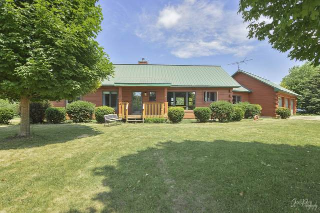 10902 Button Road, Hebron, IL 60034 (MLS #11179121) :: The Wexler Group at Keller Williams Preferred Realty