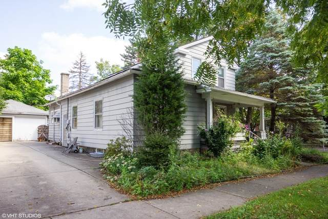 405 Benton Avenue - Photo 1