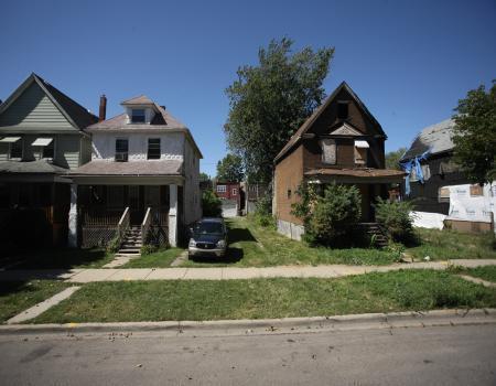 6610 Loomis Boulevard - Photo 1