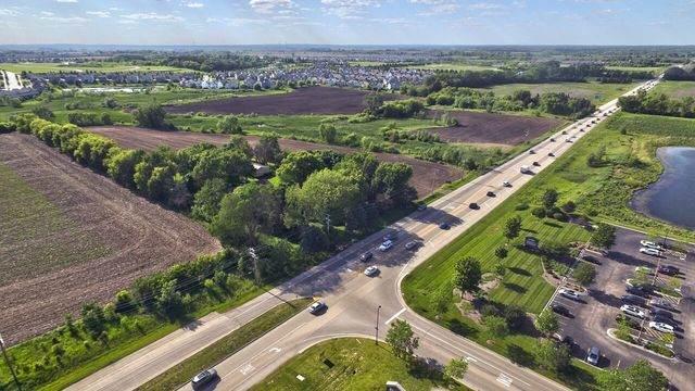 9803 N IL Route 47, Huntley, IL 60142 (MLS #09141301) :: Lewke Partners