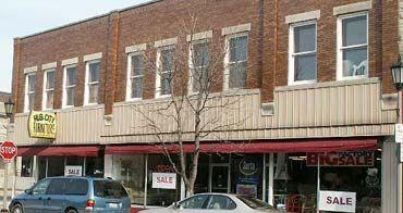 429-433 Lincoln Highway - Photo 1