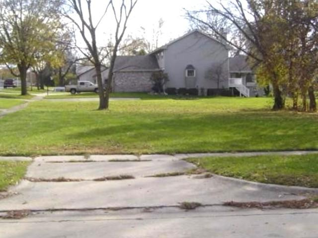 301 W Grove Avenue, Rantoul, IL 61866 (MLS #09487139) :: Century 21 Affiliated
