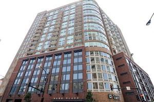 600 N Kingsbury Street P405, Chicago, IL 60654 (MLS #09581643) :: Berkshire Hathaway HomeServices Snyder Real Estate