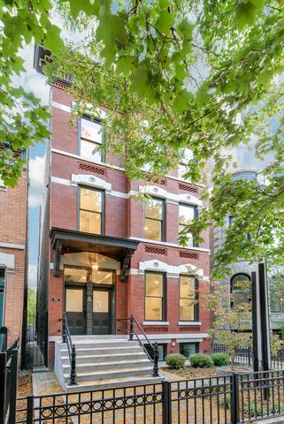 1955 W Evergreen Avenue, Chicago, IL 60622 (MLS #09605259) :: The Perotti Group