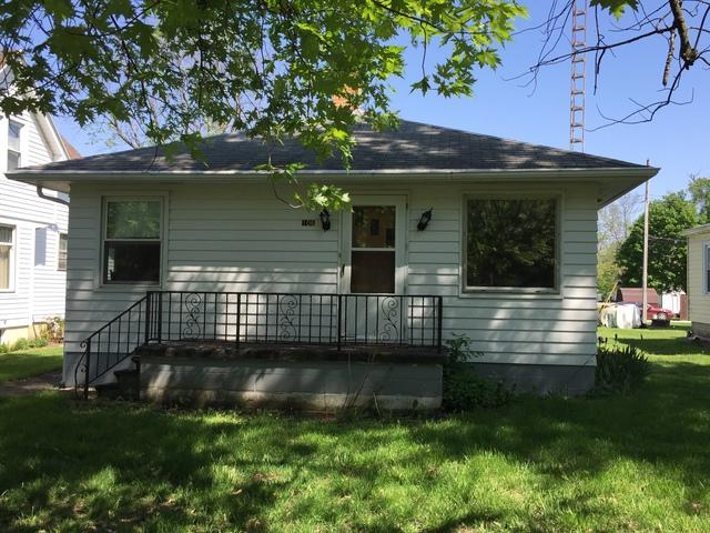 106 N Oak Street, Buckley, IL 60918 (MLS #09626774) :: Ani Real Estate