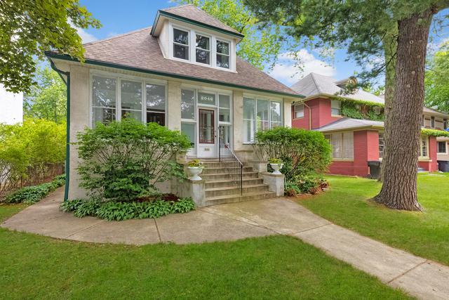 2046 W 103rd Street, Chicago, IL 60643 (MLS #09651415) :: MKT Properties | Keller Williams