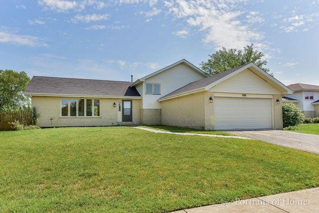 16768 W Oneida Drive, Lockport, IL 60441 (MLS #09655979) :: Angie Faron with RE/MAX Ultimate Professionals