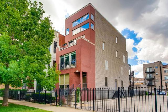 2119 W Crystal Street #2, Chicago, IL 60622 (MLS #09660166) :: MKT Properties | Keller Williams