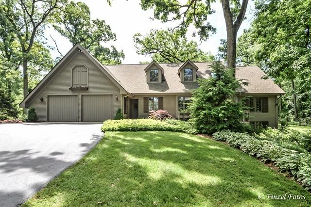 6611 Concord Circle, Crystal Lake, IL 60012 (MLS #09662309) :: Lewke Partners