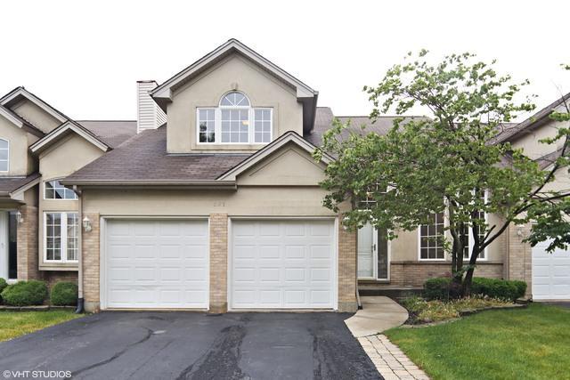 627 Aspen Drive, Romeoville, IL 60446 (MLS #09662877) :: Angie Faron with RE/MAX Ultimate Professionals