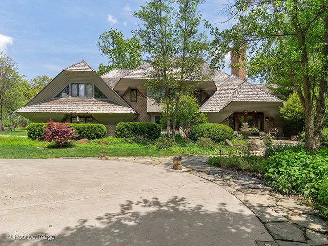 15W064 87th Street, Burr Ridge, IL 60527 (MLS #09663827) :: The Wexler Group at Keller Williams Preferred Realty