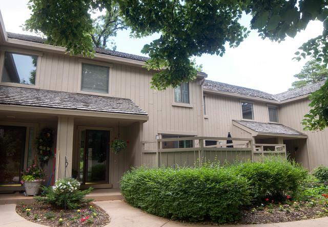 24569 Old Barn Road, Lake Barrington, IL 60010 (MLS #09665094) :: The Jacobs Group