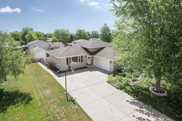 1022 Southgate Road, New Lenox, IL 60451 (MLS #09665411) :: Property Consultants Realty