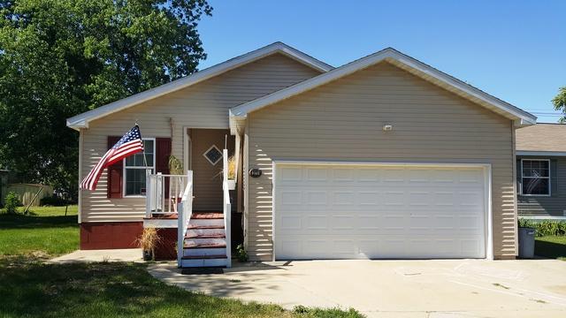 371 Wayne Street, Mahomet, IL 61853 (MLS #09668613) :: Littlefield Group