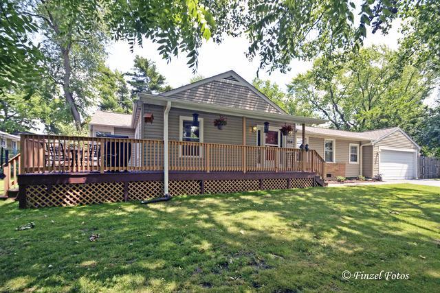 314 Crystal Lake Road, Lake In The Hills, IL 60156 (MLS #09668870) :: Lewke Partners