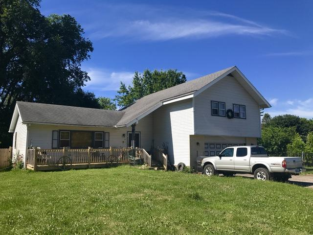 911 North Avenue, Crystal Lake, IL 60014 (MLS #09668962) :: Lewke Partners