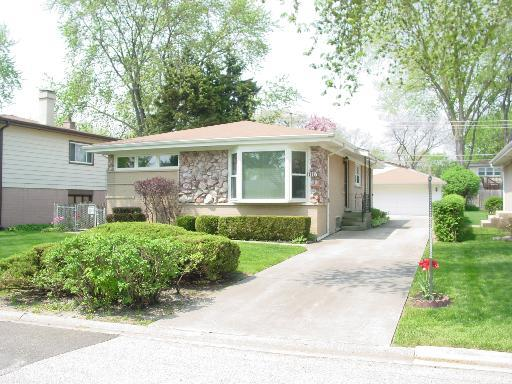 1118 S Highland Avenue, Arlington Heights, IL 60005 (MLS #09670627) :: The Jacobs Group