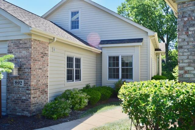 892 Villa Drive #892, Crystal Lake, IL 60014 (MLS #09670773) :: The Jacobs Group