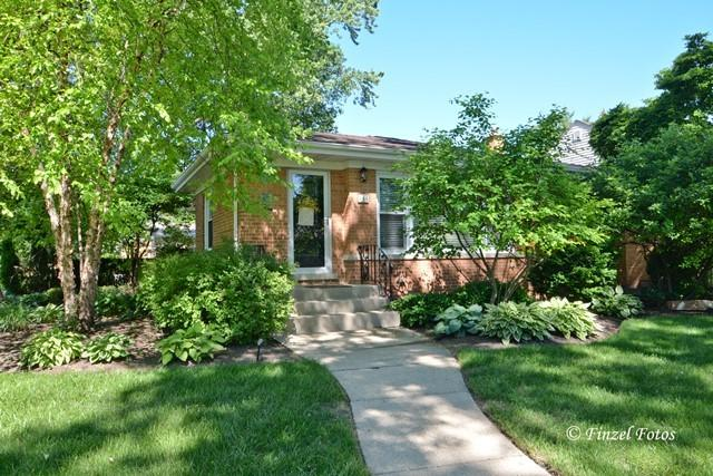 344 S Prindle Avenue, Arlington Heights, IL 60004 (MLS #09671015) :: The Jacobs Group