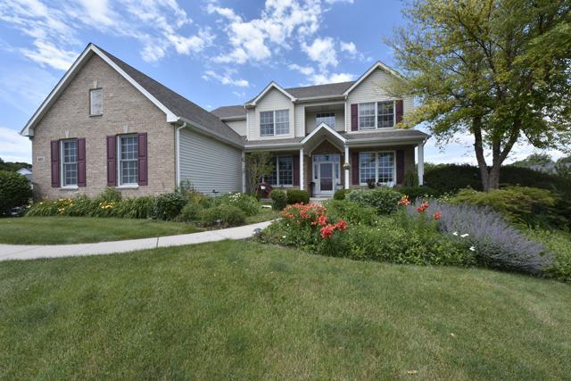 601 Ridgeway Trail, Mchenry, IL 60050 (MLS #09672067) :: Lewke Partners