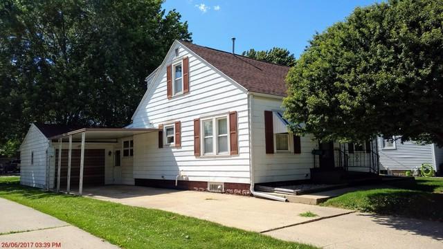 1307 5th Avenue, Sterling, IL 61081 (MLS #09672101) :: Lewke Partners