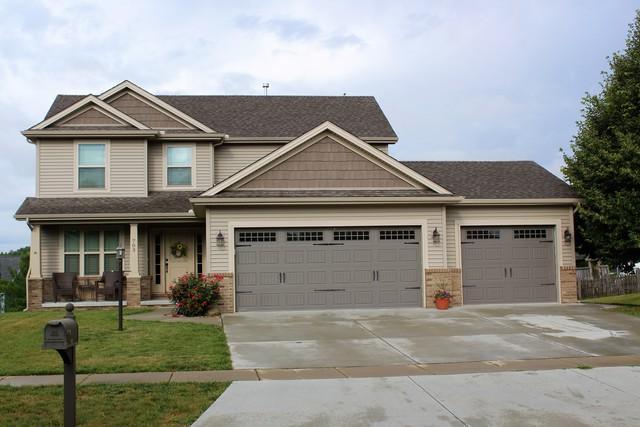 703 Heather Drive, Mahomet, IL 61853 (MLS #09672881) :: Littlefield Group