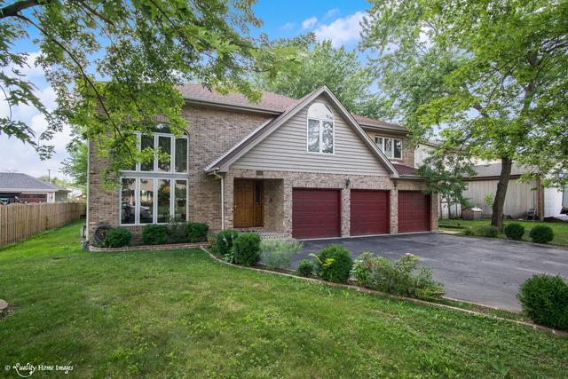 10S210 Oneill Drive, Burr Ridge, IL 60527 (MLS #09682805) :: The Wexler Group at Keller Williams Preferred Realty