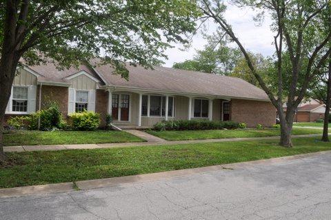 837 Hamlin Avenue, Flossmoor, IL 60422 (MLS #09689921) :: The Wexler Group at Keller Williams Preferred Realty