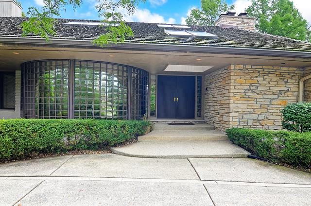 1705 Midwest Club Parkway, Oak Brook, IL 60523 (MLS #09690479) :: The Jacobs Group