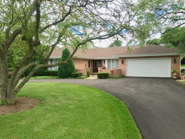 5 Lariat, Lemont, IL 60439 (MLS #09692305) :: The Wexler Group at Keller Williams Preferred Realty