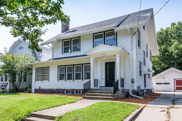 1706 White Avenue, Beloit, WI 53511 (MLS #09693742) :: Key Realty