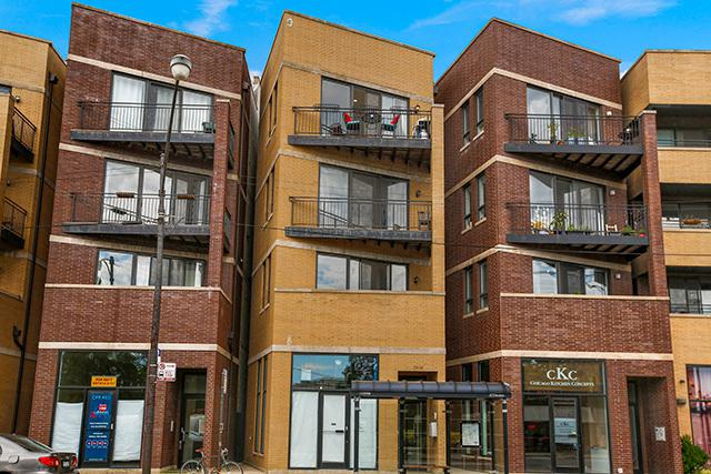 2806 W Chicago Avenue #4, Chicago, IL 60622 (MLS #09695780) :: Property Consultants Realty