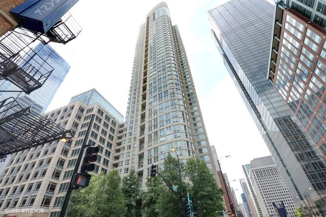 345 N Lasalle Drive #2301, Chicago, IL 60654 (MLS #09695791) :: Property Consultants Realty