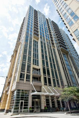 700 N Larrabee Street #1311, Chicago, IL 60654 (MLS #09695877) :: Property Consultants Realty
