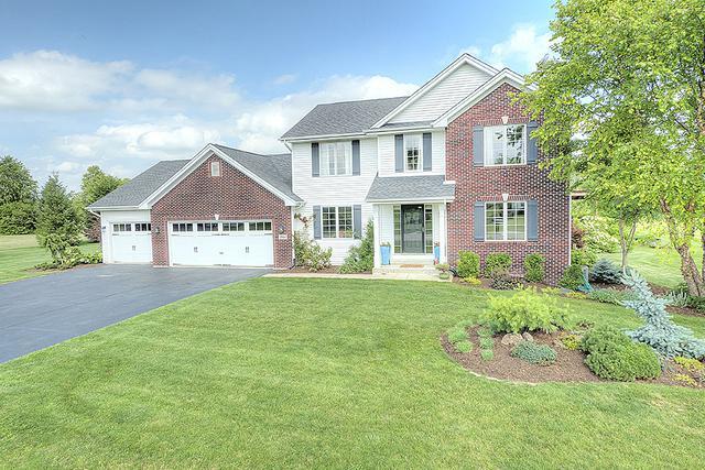 12441 Arrowwood Lane, Belvidere, IL 61008 (MLS #09696743) :: Key Realty