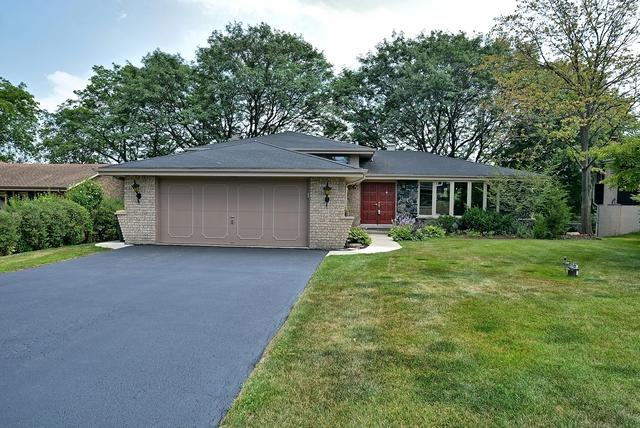 11333 Scenic Drive, Willow Springs, IL 60480 (MLS #09697323) :: The Wexler Group at Keller Williams Preferred Realty