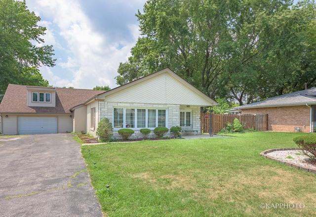 9810 Menard Avenue, Oak Lawn, IL 60453 (MLS #09698096) :: The Wexler Group at Keller Williams Preferred Realty