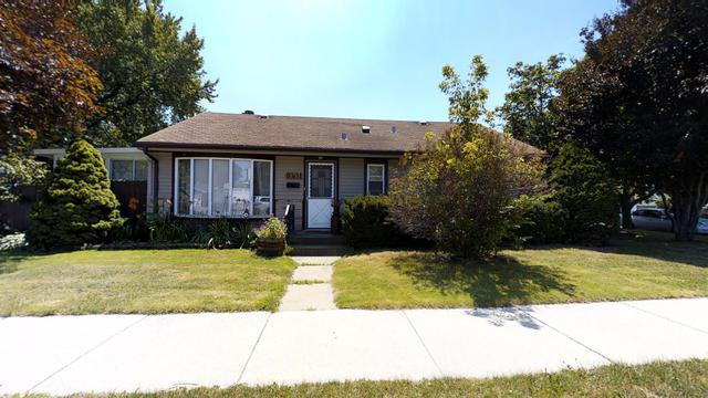 9301 S 54th Court, Oak Lawn, IL 60453 (MLS #09698287) :: The Wexler Group at Keller Williams Preferred Realty