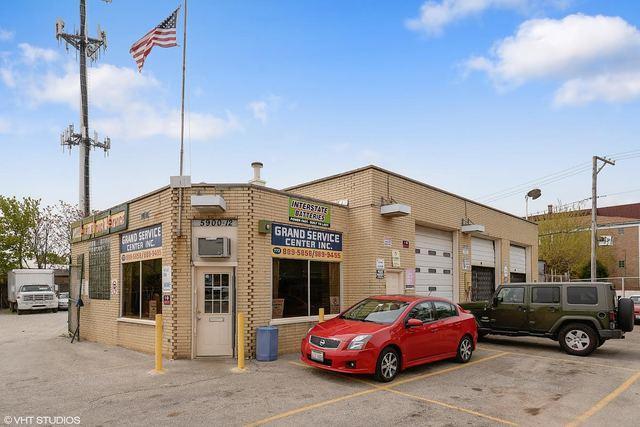 5900 Grand Avenue, Chicago, IL 60639 (MLS #09698685) :: Ani Real Estate