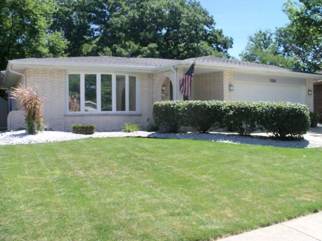 17005 Ridgeland Avenue, Tinley Park, IL 60477 (MLS #09699203) :: The Wexler Group at Keller Williams Preferred Realty