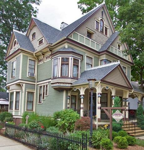 312 W Green Street, Urbana, IL 61801 (MLS #09703589) :: Littlefield Group